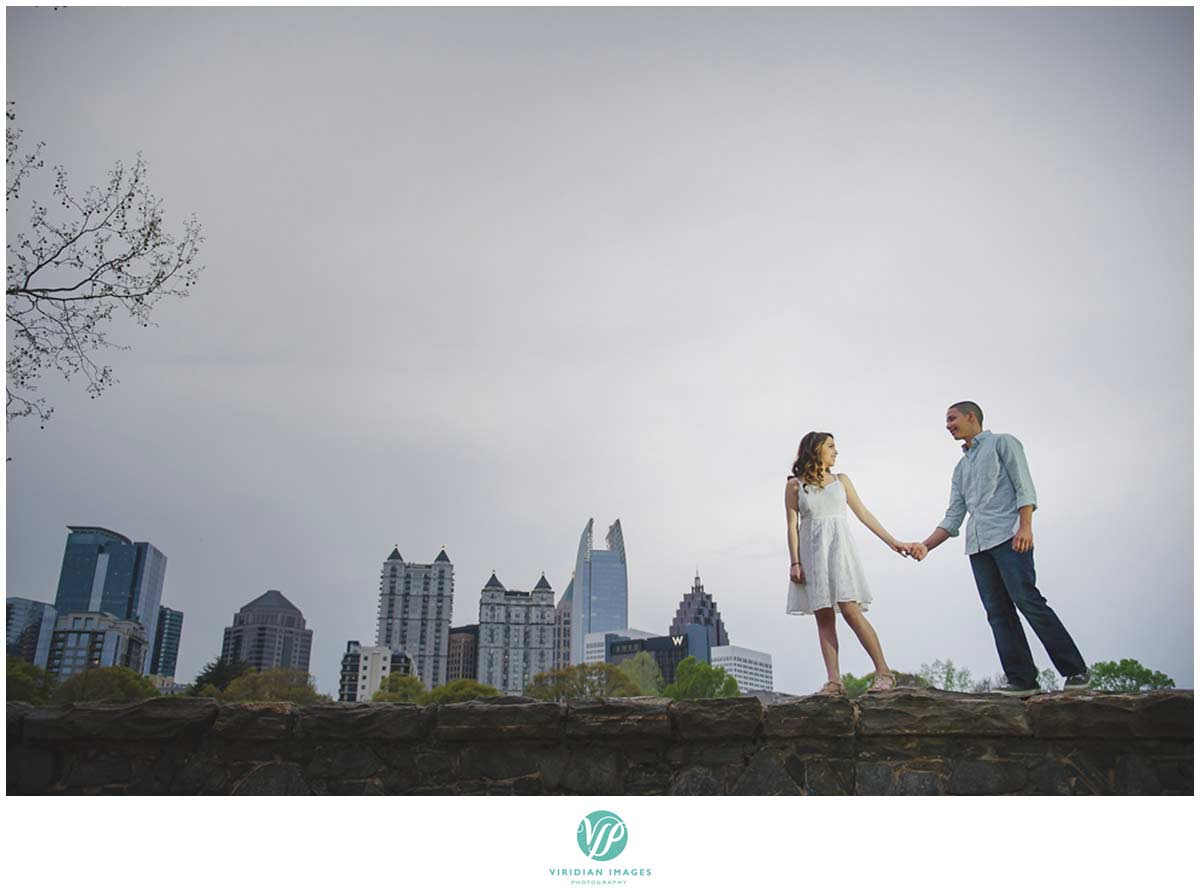 atlanta-skyline-engagement-photo