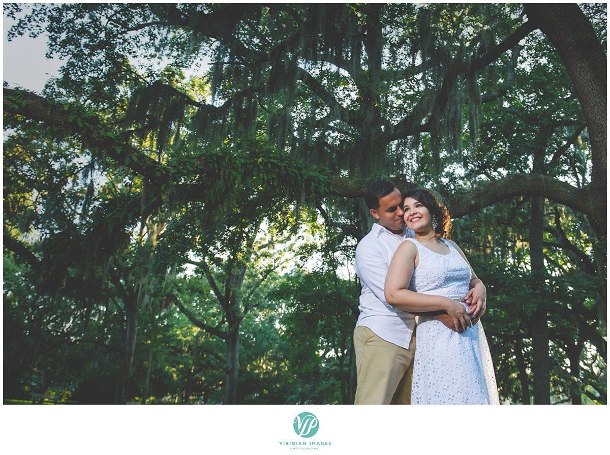 5.Savannah-Forsyth-Park-Engagement-Viridian-Images-Photography-1
