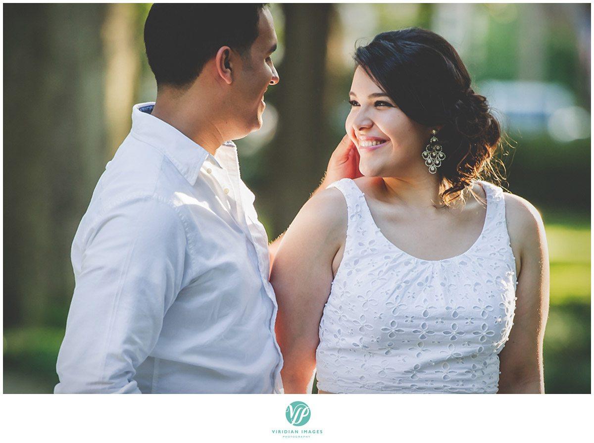 5.Savannah-Forsyth-Park-Engagement-Viridian-Images-Photography-2