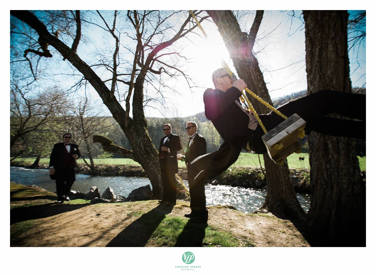 Retreat-at-Hiawassee-river-wedding-Viridian-Images-Photography 13