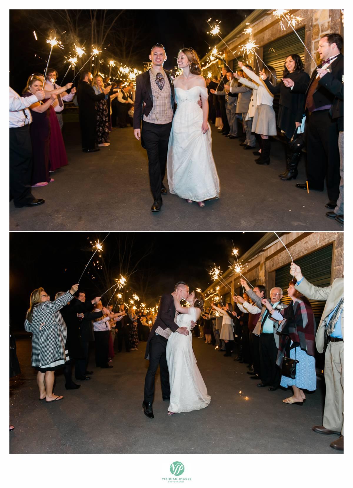 Retreat-at-Hiawassee-river-wedding-Viridian-Images-Photography 32