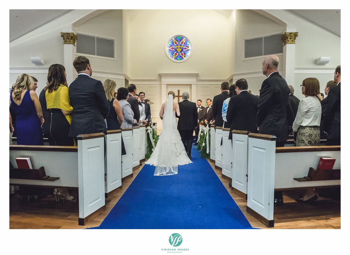 Bride and father entering Peachtree Presbyterian