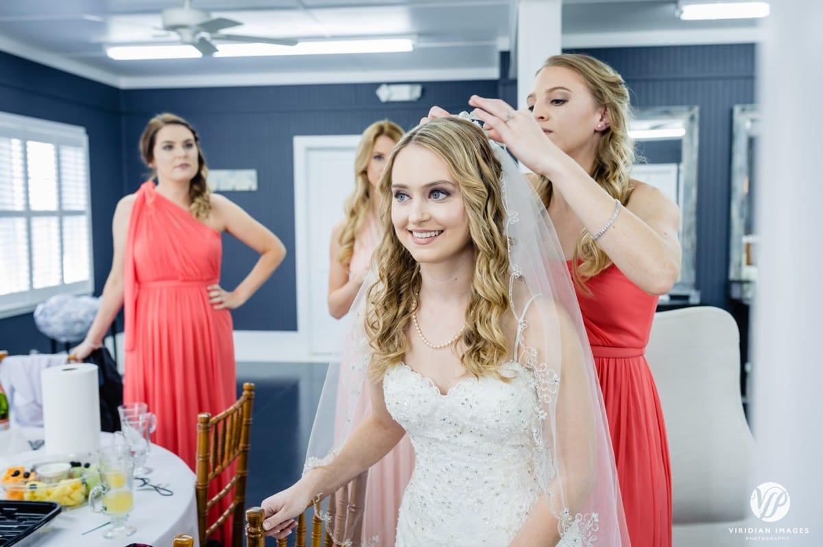 Bride with veil Walnut Hill Farm